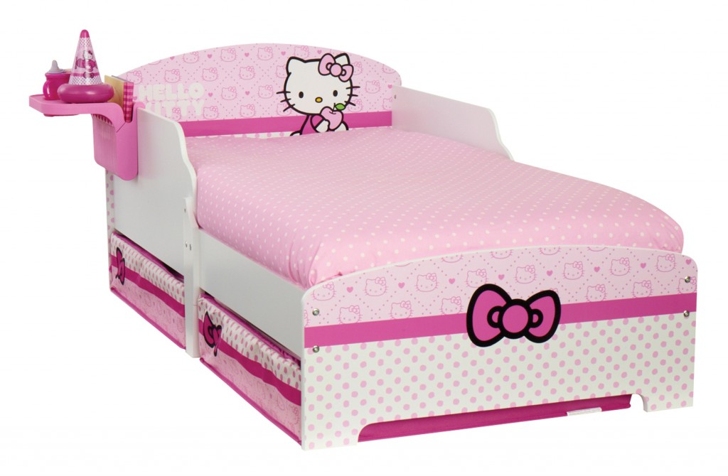 lit hello kitty et ses accessoires. Black Bedroom Furniture Sets. Home Design Ideas