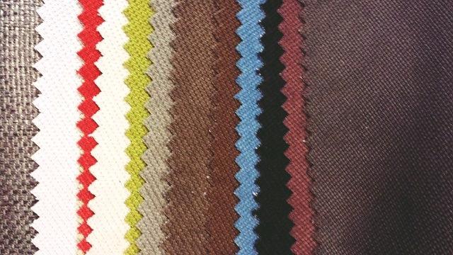 Les différentes teintes du canapé pour votre salon