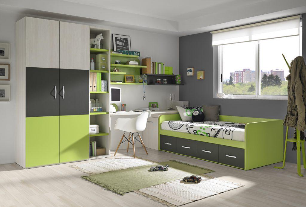 Chambre enfant de couleur verte et grise, de nombreux rangements, un bureau, un lit avec des tiroirs